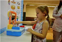Kindergartners Learn Healthy Habits Photo 4 thumbnail138426