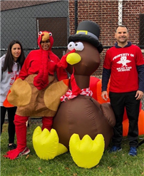 West End Hosts Annual Turkey Trot Photo 2