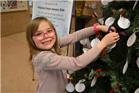 Waverly Park Students Spread Cheer Photo 1 thumbnail104903
