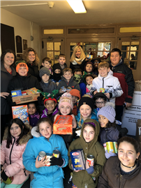 Marion Street Students Donate More than 3,000 Meals to Those in Need Photo 5 thumbnail106120