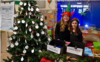 Waverly Park Students Spread Cheer Photo 4 thumbnail104906